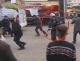 AK Parti'li eski vekilin mitinginde silahlar çekildi