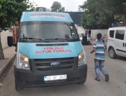 AK Parti seçim aracına silahlı saldırı