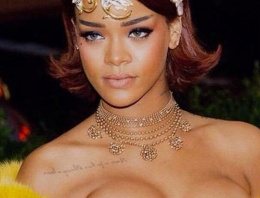 Rihanna'nın yeni hali göz kamaştırdı!