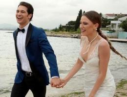 Serenay Sarıkaya ve Çağtay Ulusoy'dan düğün pozları!