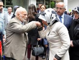 Sare Davutoğlu'nun acı günü!