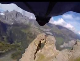Kaya deliğinden inanılmaz geçiş