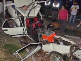 Cenazeye giderken feci kazada öldüler