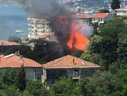 İstanbul'da 4 katlı binada patlama