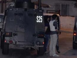 AK Parti ilçe birasına bombalı saldırı