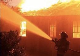 İHH deposunda korkutan yangın