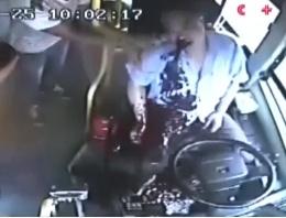 Otobüs şoförü kan kusmaya başlayınca