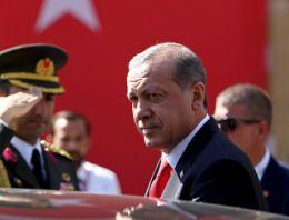 FT: Erdoğan'ın kaprisli yetki kullanımı