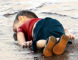 Suriyeli Aylan'ı çeken fotoğrafçı o anı anlattı!