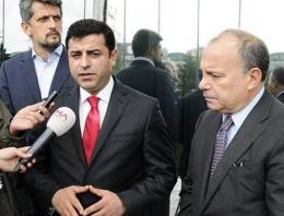 Demirtaş'tan Hürriyet'e 'Geçmiş olsun' ziyareti