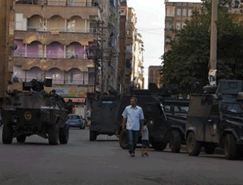 Diyarbakır'da çatışma! 1 kadın öldürüldü!