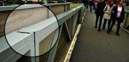 Metrobüs üst geçidinde korkutan manzara