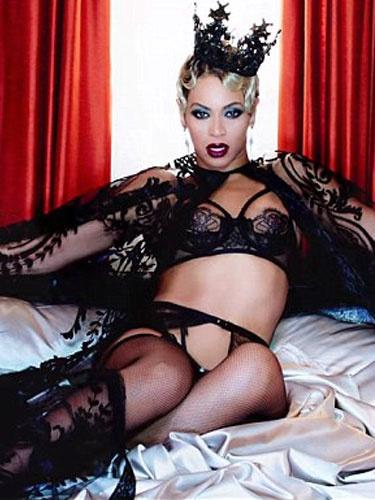 Beyonce bu kez erotik klip çekti!