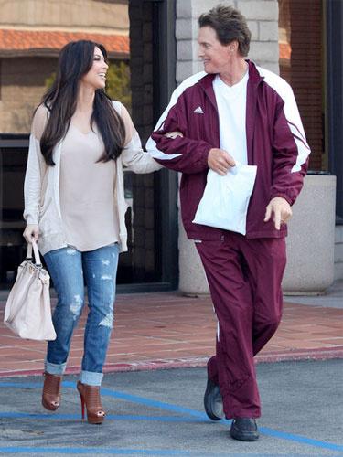 Kim Kardashian'ın babası lezbiyen oluyor