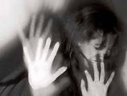 Öz kızına üç yıl tecavüz