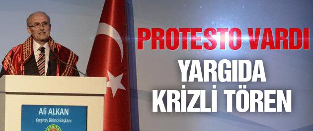 Devletin zirvesinde kriz yaratan tören Erdoğan protesto etti!