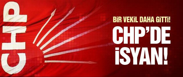 CHP'de isyan! Bir vekil daha istifa etti!