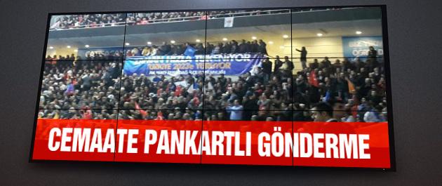 AK Parti kongresine damga vuran afişler