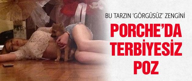 Melisa Şahin'in Porche'daki terbiyesiz resmi