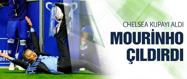 Chelsea'den sezonun ilk kupası!