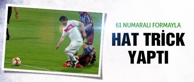 Başbakan Davutoğlu'ndan hat-trick şov