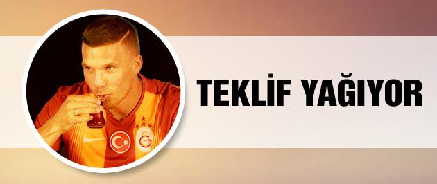 Lukas Podolski'ye teklif yağıyor