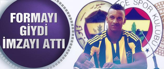Nani Fenerbahçe'ye imzayı attı