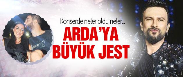 Tarkan'dan Arda Turan'a konserde büyük jest