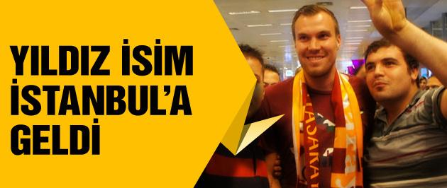 Yıldız isim İstanbul'a geldi! Transfer...