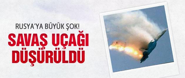 Rusya'ya şok! Savaş uçağı düşürüldü
