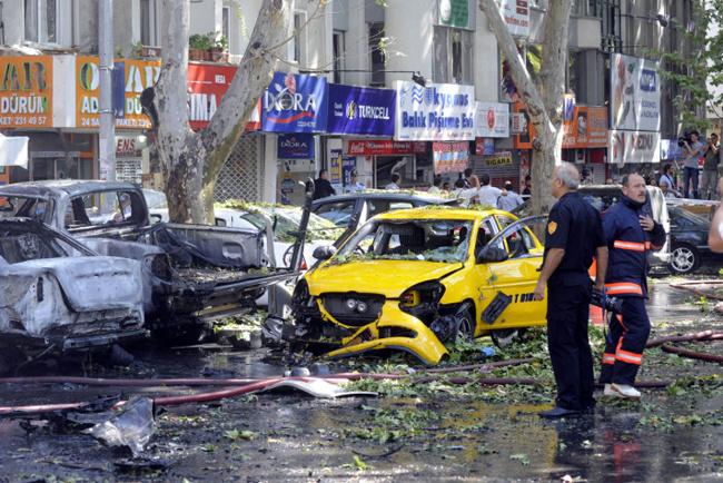Kızılay'daki patlamadan ilk görüntüler