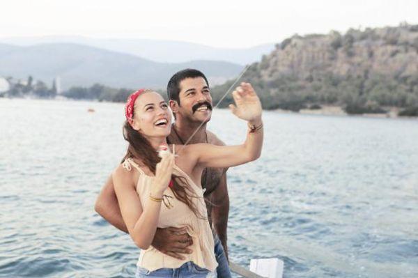 Aşk Sana Benzer Filminin Galası Yapıldı Internet Haber