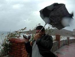 İstanbul için şiddetli rüzgar uyarısı