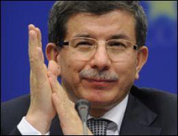 Davutoğlu'ndan İran diplomasisi