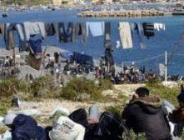 İtalya'nın Lampedusa adasına bin mülteci daha geldi