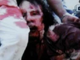 Kaddafi'yi yakalayan militan öldürüldü