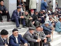 Emeklilere erken maaş sevinci