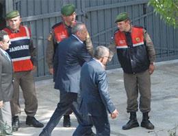 Mehmet Ağar'ı ziyaret eden başkan!