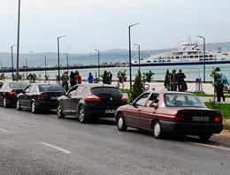 Tatilciler dönüyor trafiğe dikkat