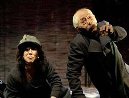 Genco Erkal tiyatroya doyuracak