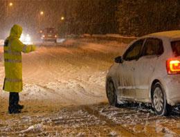 117 köy yolu ulaşıma kapandı