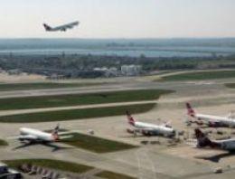 Heathrow 2012'de yolcu sayısı rekoru kırdı