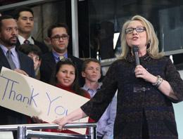 Clinton'dan duygu dolu veda