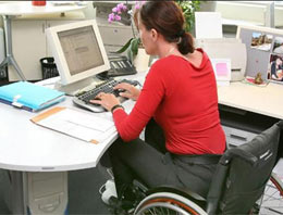 Engelli memura artık engel yok!