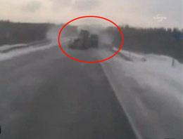 Rusya'da korkunç kaza kamerada