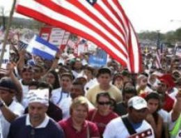 ABD'de göçmenlik reformu ilk engeli aştı