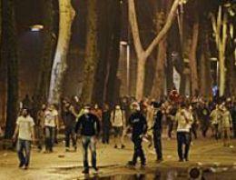 Erdoğan'ın evine 3 bin kişiyle baskın