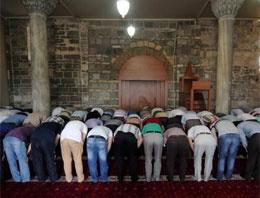 Türkiye'deki namaz vakitleri yanlış mı?