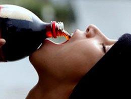 İftarda asitli içecek böyle etki ediyor!