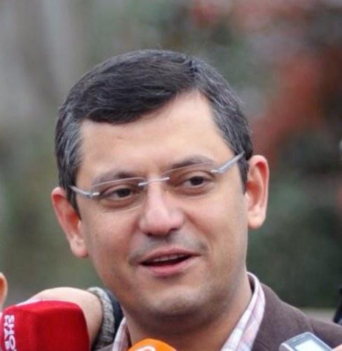 AKP'nin türban davranışı sorgulanmalıdır!